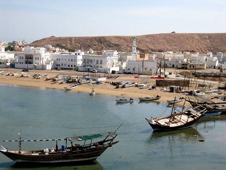 Viagem ao Sultanato de Oman com Álvaro Figueiredo | Viagens com Autores da Pinto Lopes Viagens